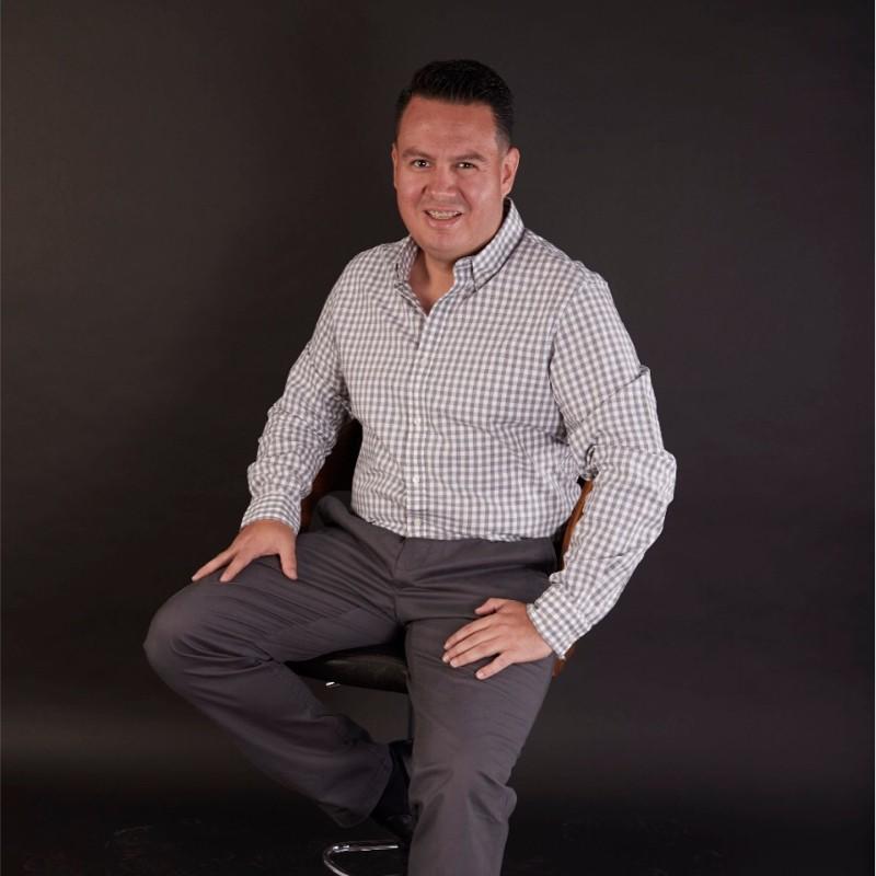 Raúl Flores